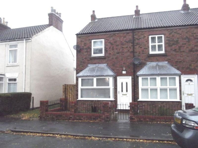2 Bedrooms Terraced House for sale in Grovehill Road, Beverley