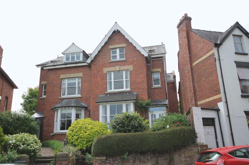 5 Bedrooms Semi Detached House for sale in Ross-on-Wye