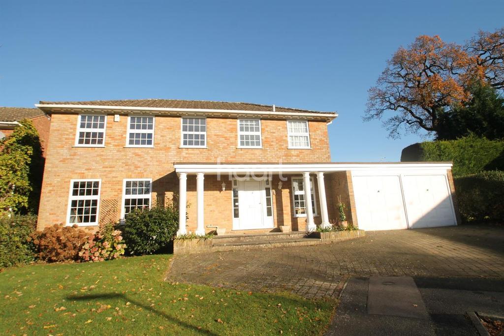 4 Bedrooms Detached House for sale in Churt, Farnham, Surrey