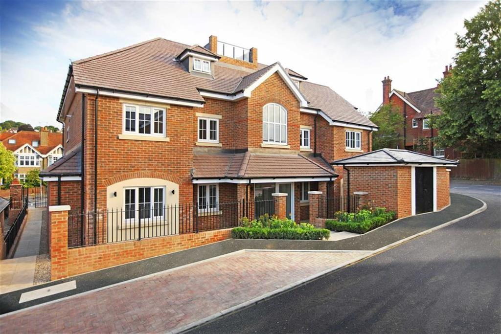 2 Bedrooms Flat for sale in 67 Farnham Road, Guildford, Surrey, GU2