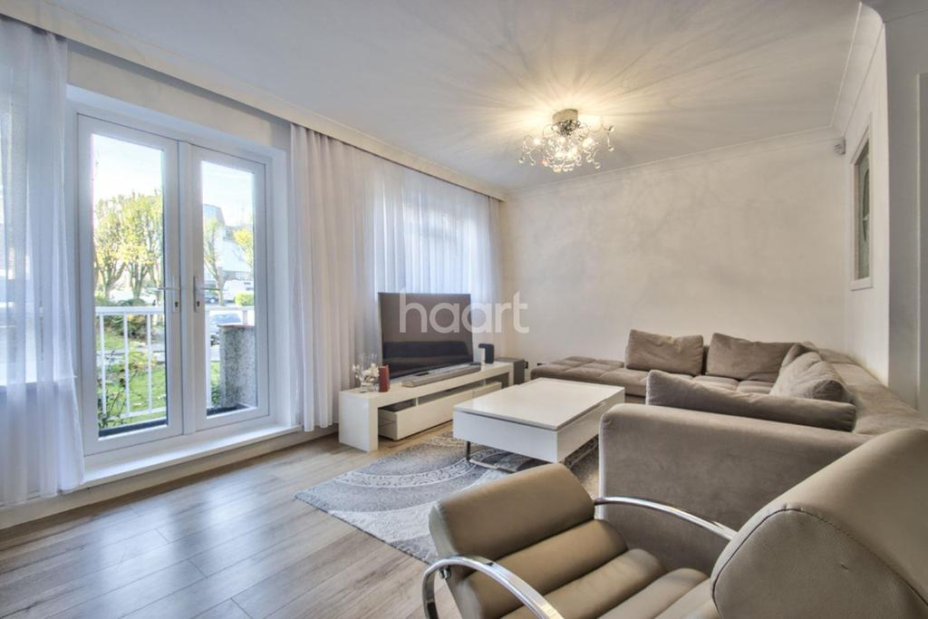 2 Bedrooms Flat for sale in Springbank, Winchmore Hill, N21