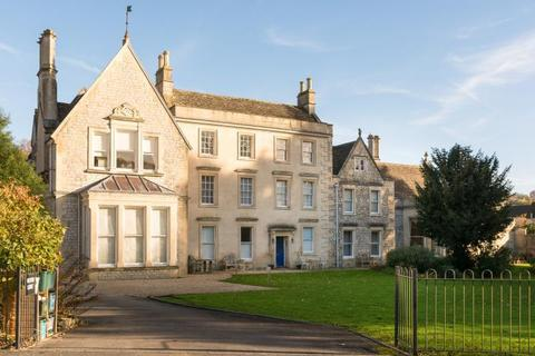 2 bedroom apartment to rent - Symes Park, Weston