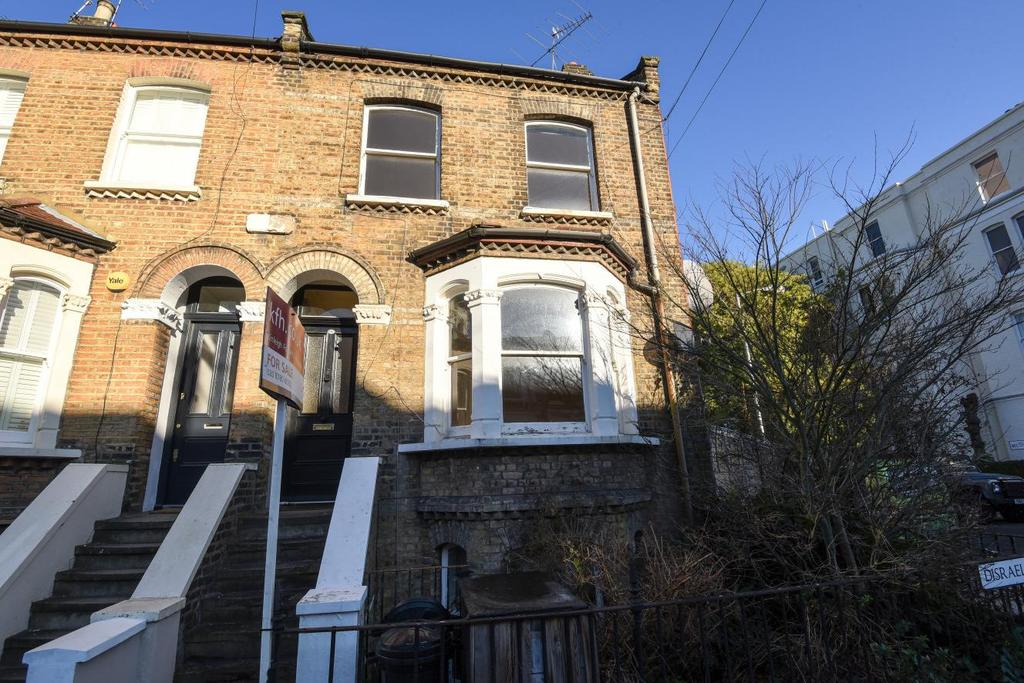 3 Bedrooms Terraced House for sale in Disraeli Road, Putney, SW15