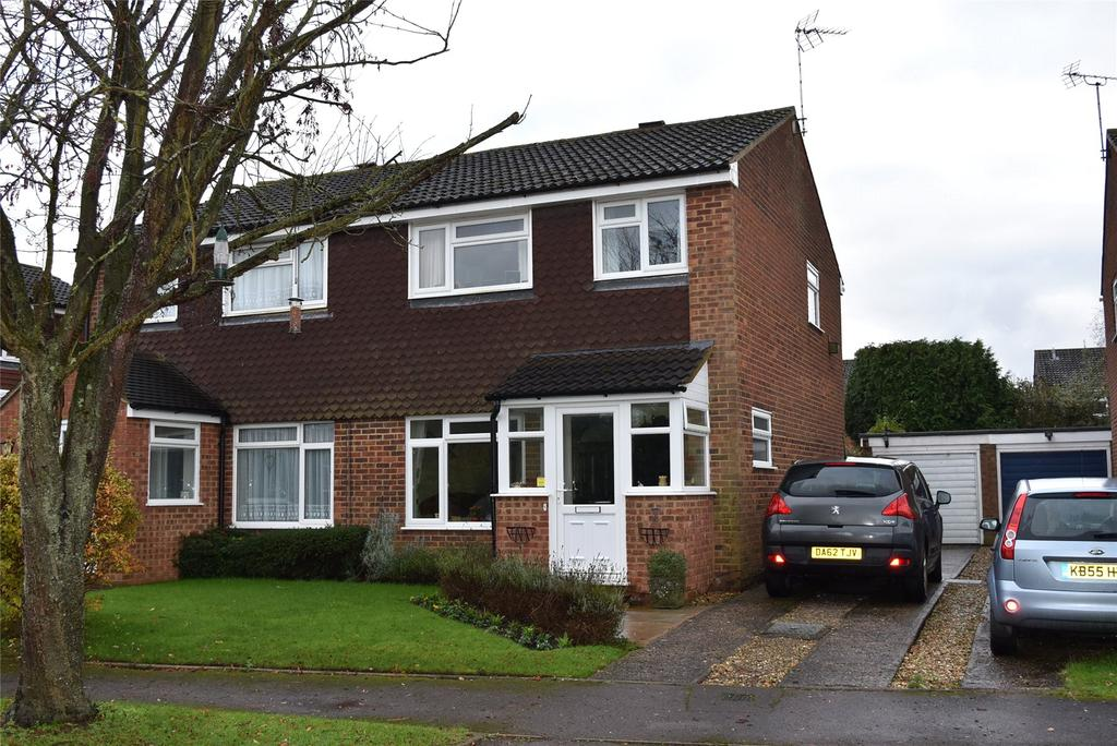 3 Bedrooms Semi Detached House for sale in Offas Lane, Winslow