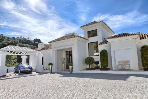 5 bedroom detached house  - La Zagaleta, Andalucia, Spain