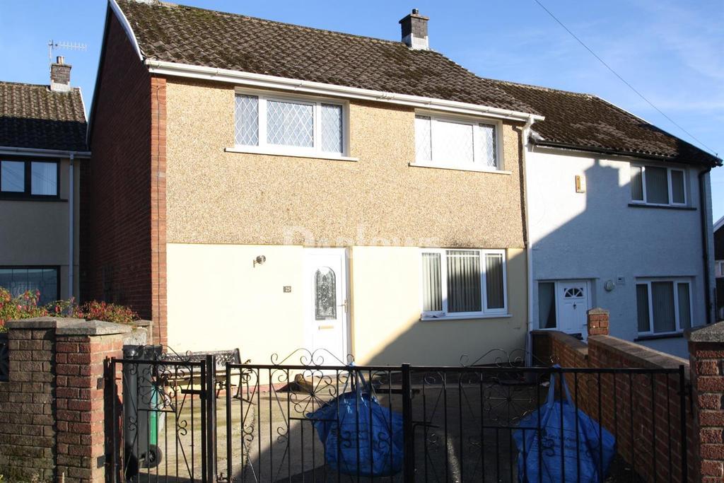 3 Bedrooms Terraced House for sale in Laburnum Close, Merthyr Tydfil