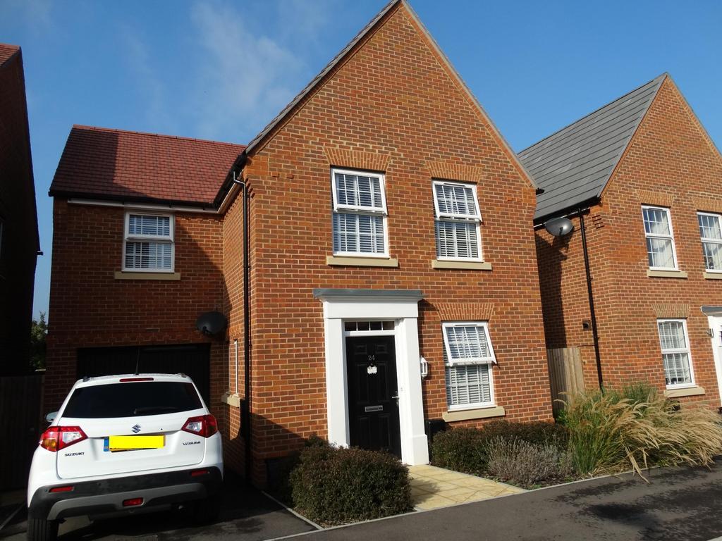 3 Bedrooms Detached House for sale in Bridger Close, Felpham