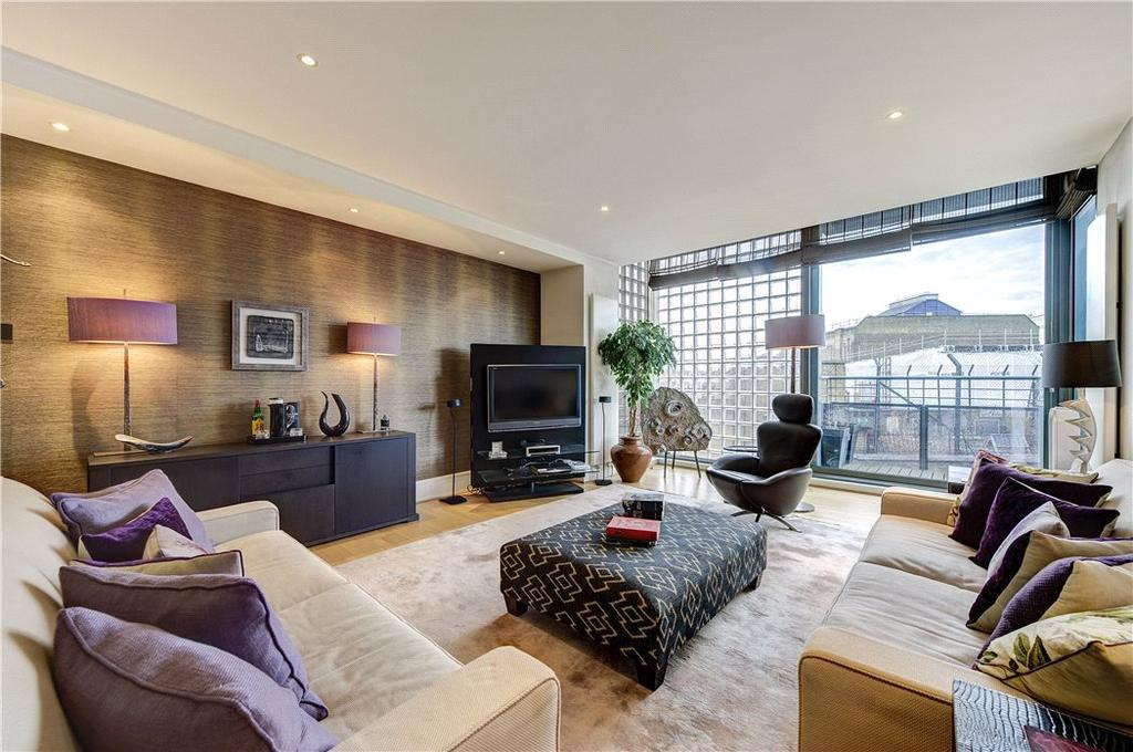 2 Bedrooms Flat for sale in Kean Street, Covent Garden, London, WC2B