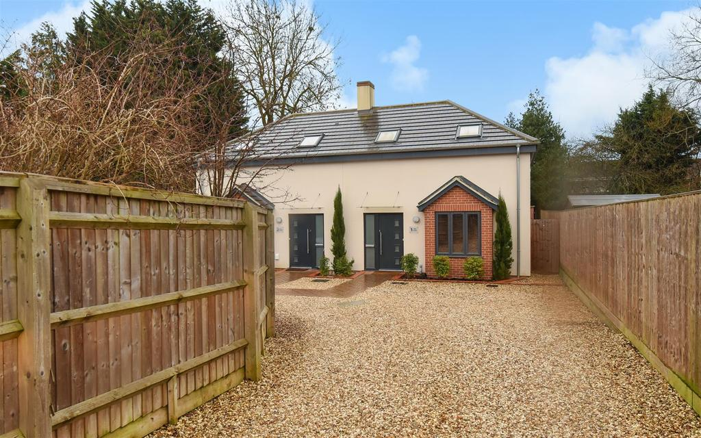 3 Bedrooms Semi Detached House for sale in Lovelace Road, North Oxford