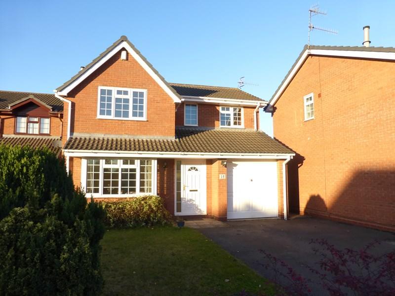 4 Bedrooms Detached House for sale in Lavender Walk, Evesham