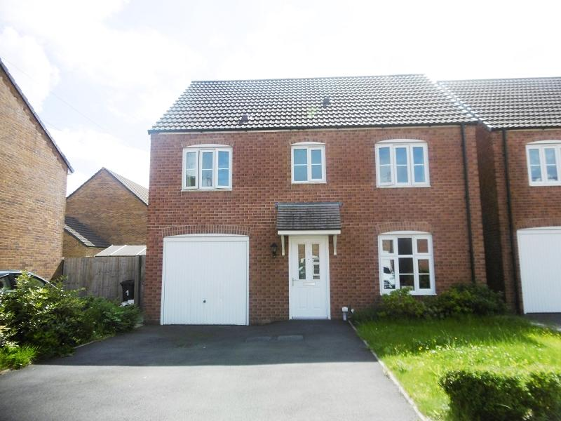 4 Bedrooms Detached House for sale in Llys Ynysgeinon Godrergraig, Swansea.