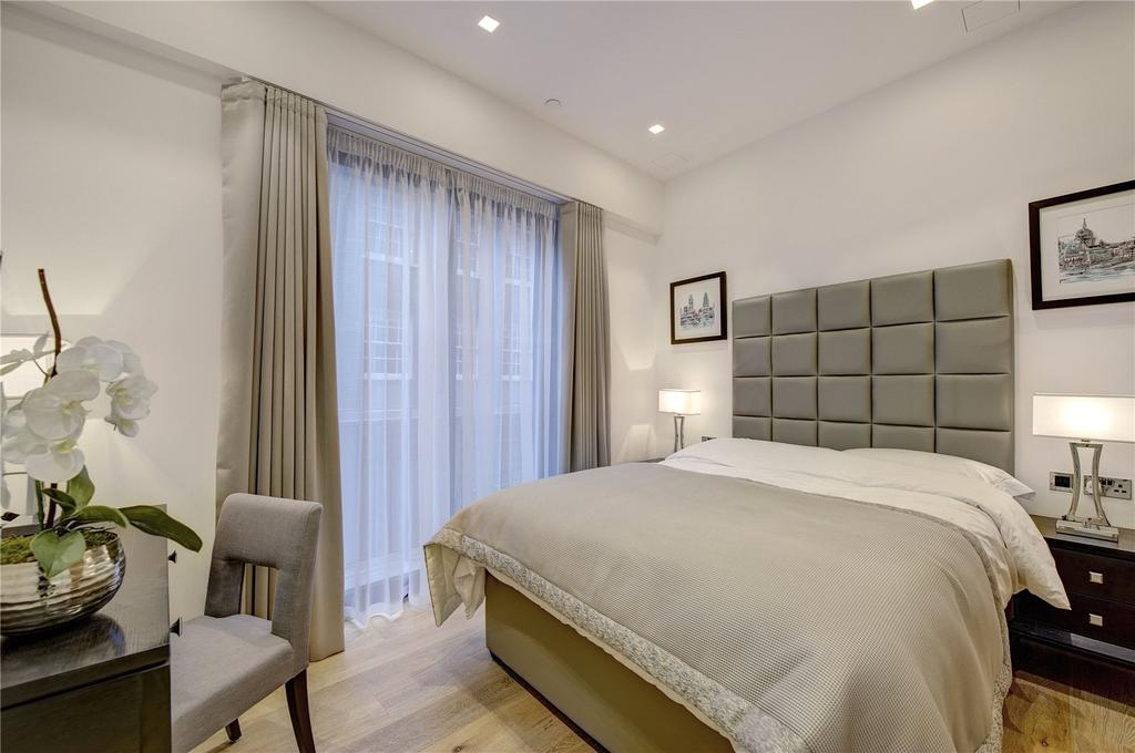 2 Bedrooms Apartment Flat for sale in The York, Covent Garden, WC2N