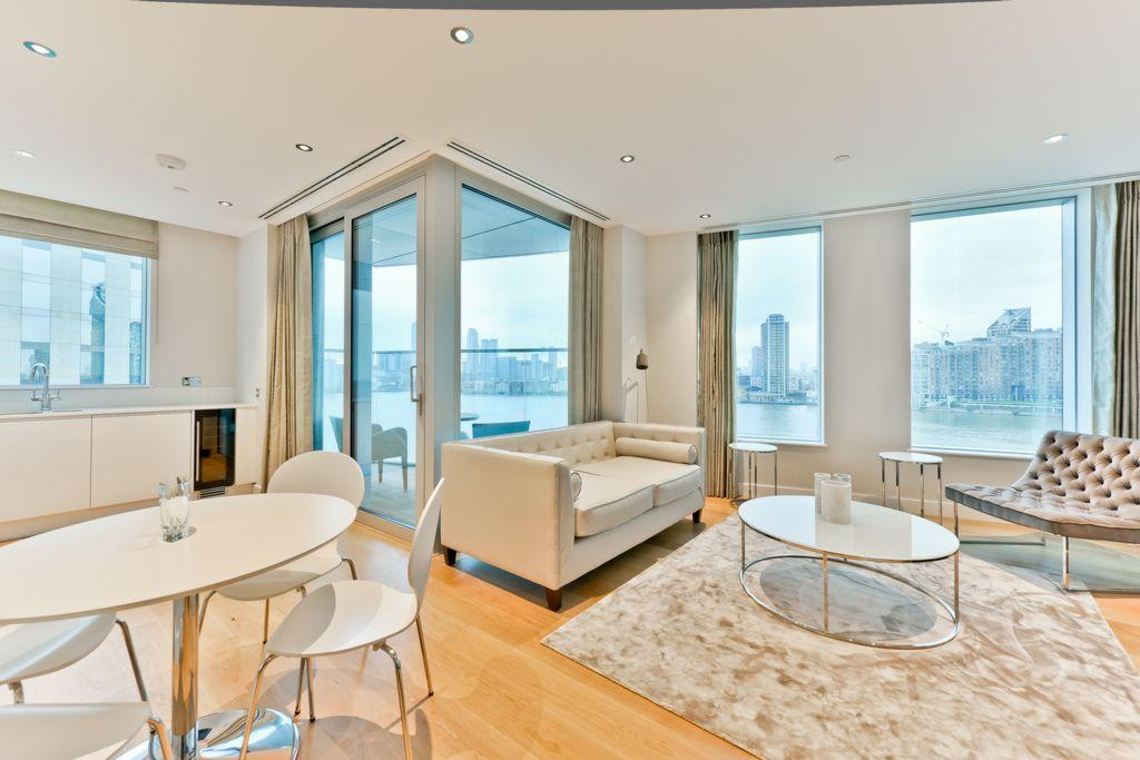 2 Bedrooms Apartment Flat for sale in Arora Tower, Waterview Drive, North Greenwich, SE10