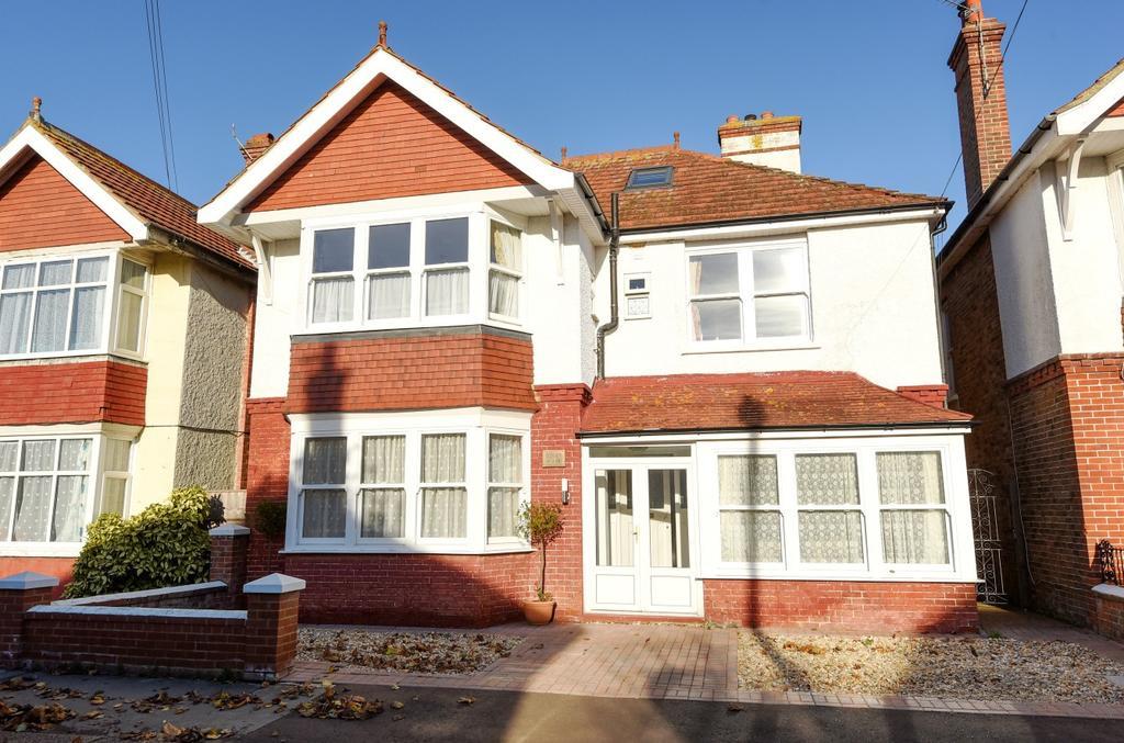 6 Bedrooms Detached House for sale in Richmond Avenue, Bognor Regis, PO21