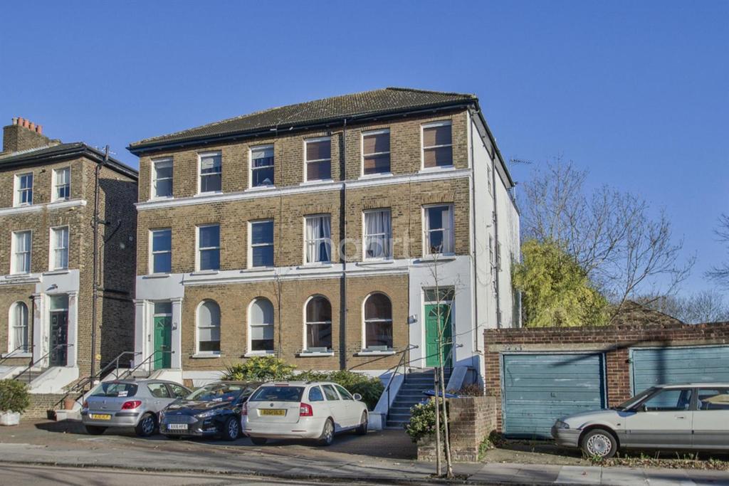 3 Bedrooms Flat for sale in Windsor Road, Ealing