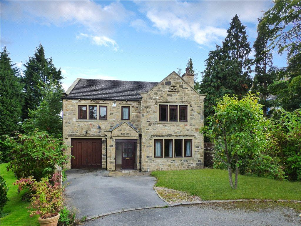 4 Bedrooms Detached House for sale in Cairn Close, Keighley, West Yorkshire