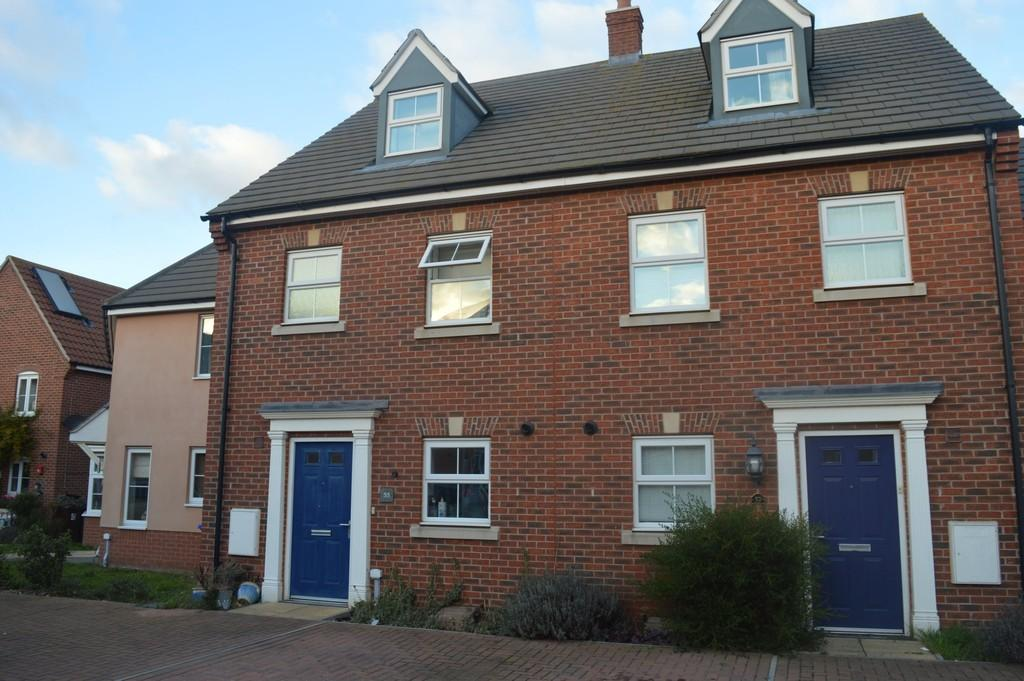 3 Bedrooms Town House for sale in Mortimer Road, Bury St. Edmunds