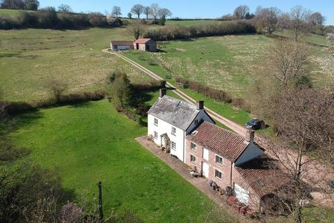 4 bedroom farm house for sale - Cwmcarvan, Monmouth
