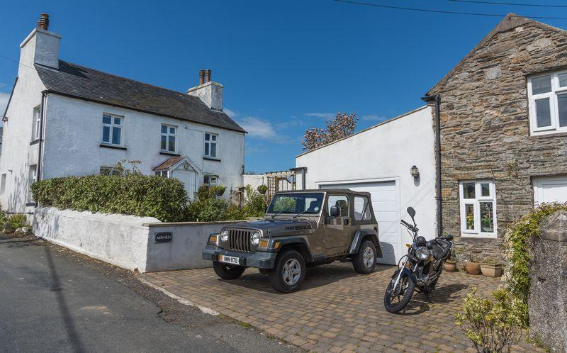 2 Bedrooms Detached House for sale in Manx Cottage With Annexe, Ballakilpheric, Colby, IM9 4BX