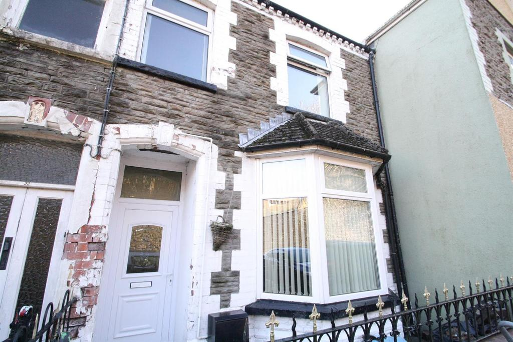 3 Bedrooms Terraced House for sale in Church Crescent, Ebbw Vale, Gwent
