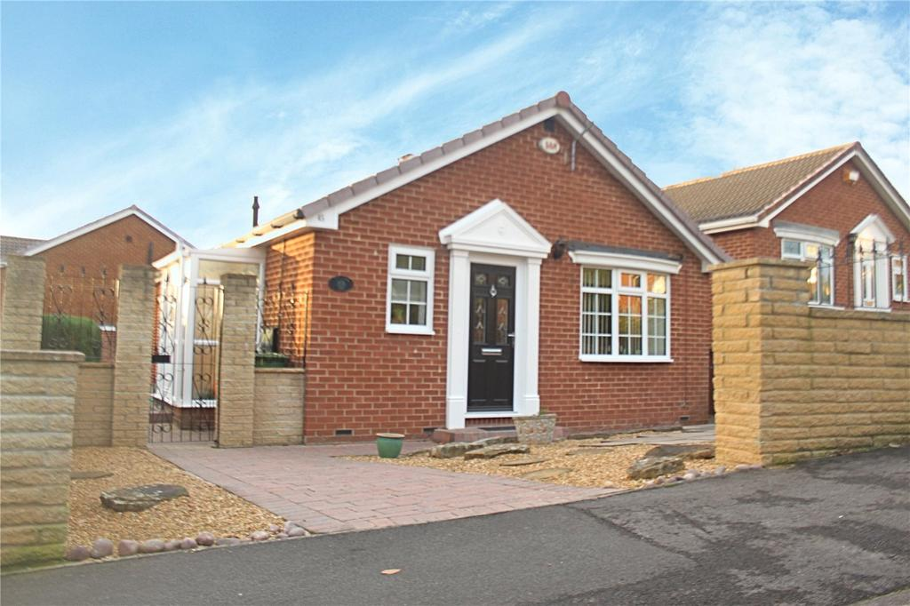 3 Bedrooms Detached Bungalow for sale in Coatham Vale, Eaglescliffe