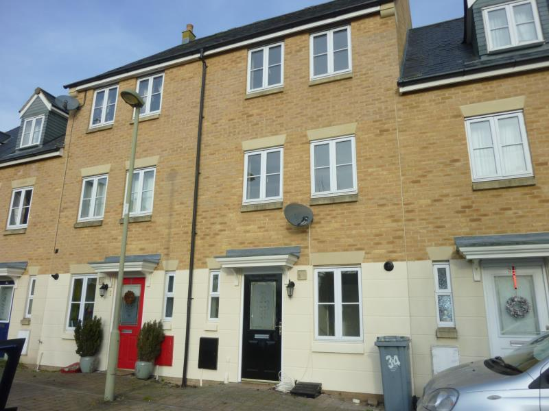 4 Bedrooms Terraced House for sale in Willow Drive, Carterton, Oxon