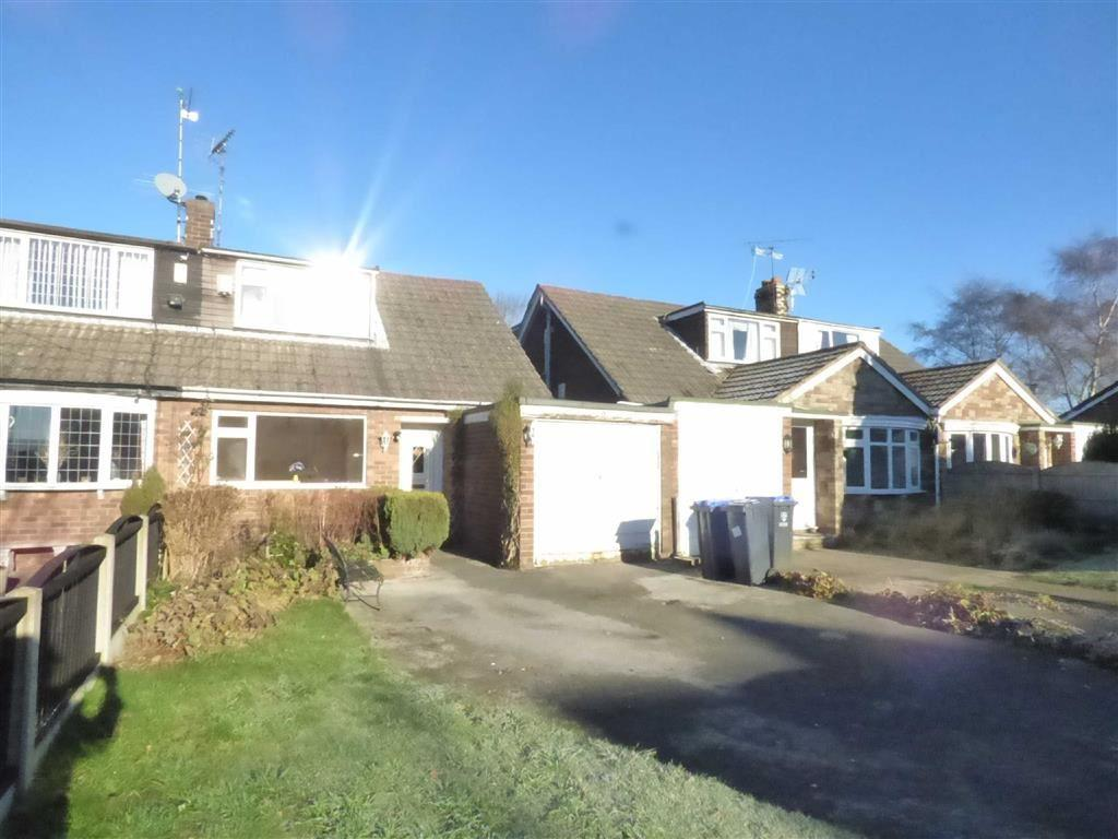 2 Bedrooms Semi Detached Bungalow for sale in 9, Kingfisher Crescent, Cheadle