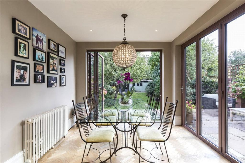 5 Bedrooms Semi Detached House for sale in Killieser Avenue, Streatham, London, SW2