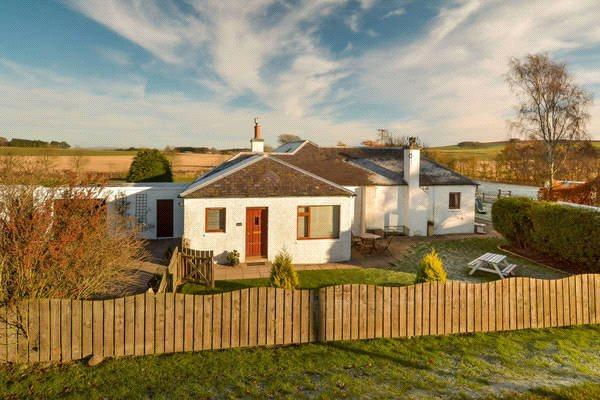 3 Bedrooms Equestrian Facility Character Property for sale in Ascurry Mill Bungalow, Letham, Forfar, Angus, DD8