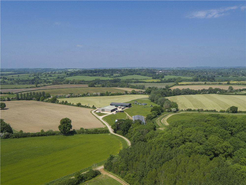 6 Bedrooms Farm House Character Property for sale in Culworth, Banbury, Northamptonshire, OX17