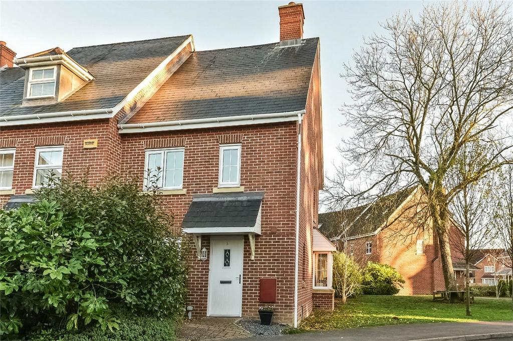 3 Bedrooms End Of Terrace House for sale in Four Marks, Alton, Hampshire