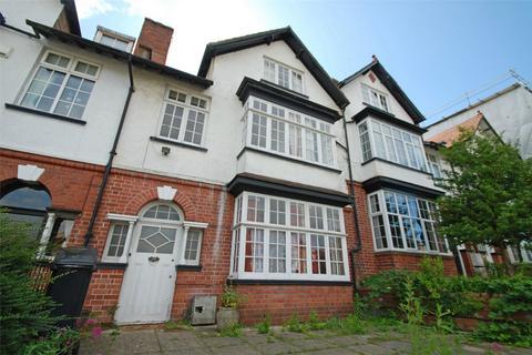 8 bedroom terraced house to rent - Redland Road, Redland, Bristol