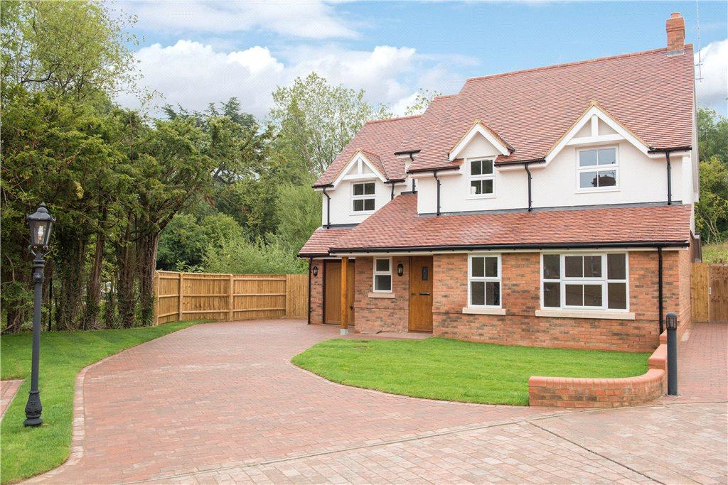 6 Bedrooms Detached House for sale in Hampstead House, The Sidings, Buckingham, Buckinghamshire