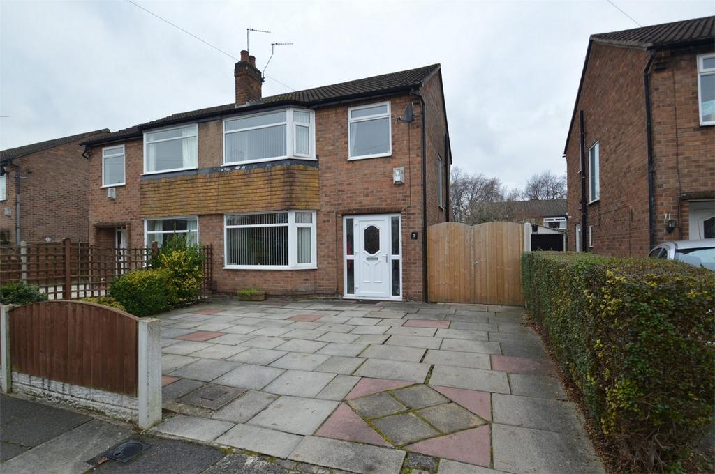 3 Bedrooms Semi Detached House for sale in Truro Drive, SALE, Cheshire