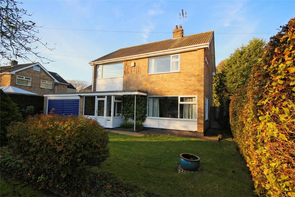 3 Bedrooms Detached House for sale in Wolfreton Garth, Kirk Ella, Hull, East Riding of Yorkshire
