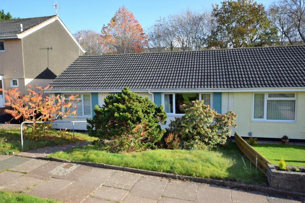 2 Bedrooms Bungalow for sale in Bodley Close, Whipton, EX1