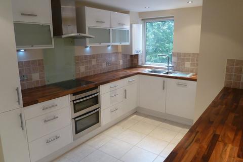 2 bedroom apartment to rent - Newmarket