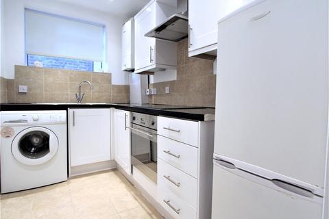 1 bedroom flat to rent - Woodville Gardens, Ealing Broadway, London, W5