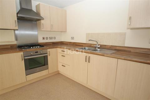 2 bedroom flat to rent - Castlepoint