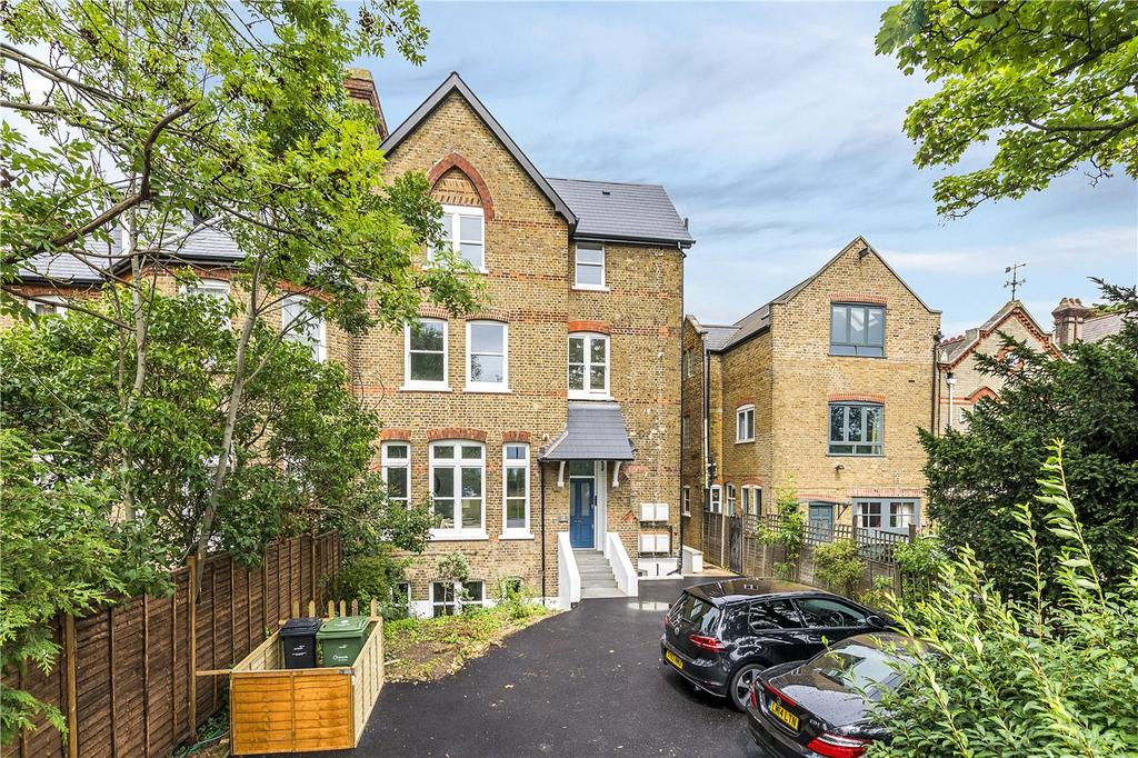 2 Bedrooms Flat for sale in Streatham Common North, Streatham, London, SW16