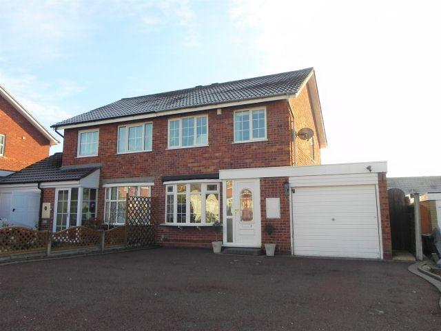 3 Bedrooms Semi Detached House for sale in Wilford Grove,Minworth,Sutton Coldfield