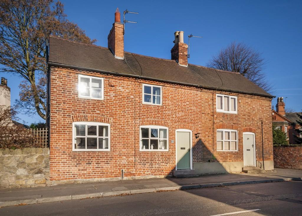 2 Bedrooms Semi Detached House for sale in Main Street, Stanton-by-dale