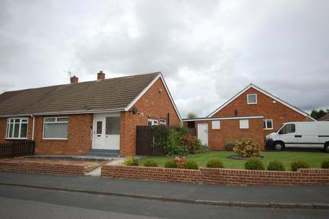 2 bedroom semi-detached bungalow to rent - Monks Crescent, Gilesgate Moor