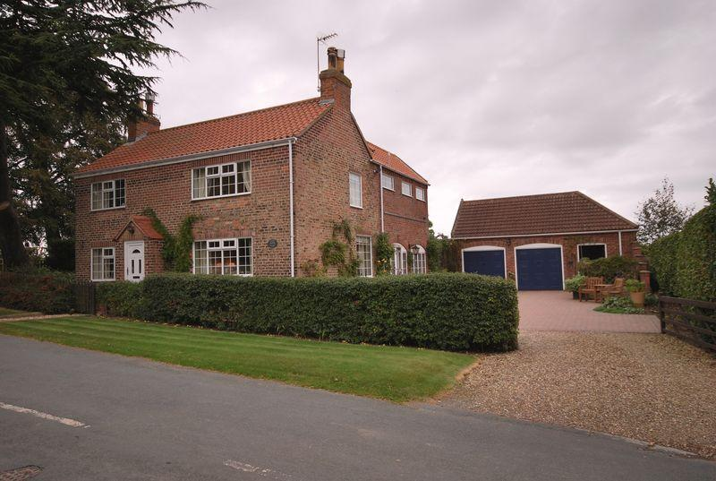 4 Bedrooms Detached House for sale in Rise Lane, Catwick