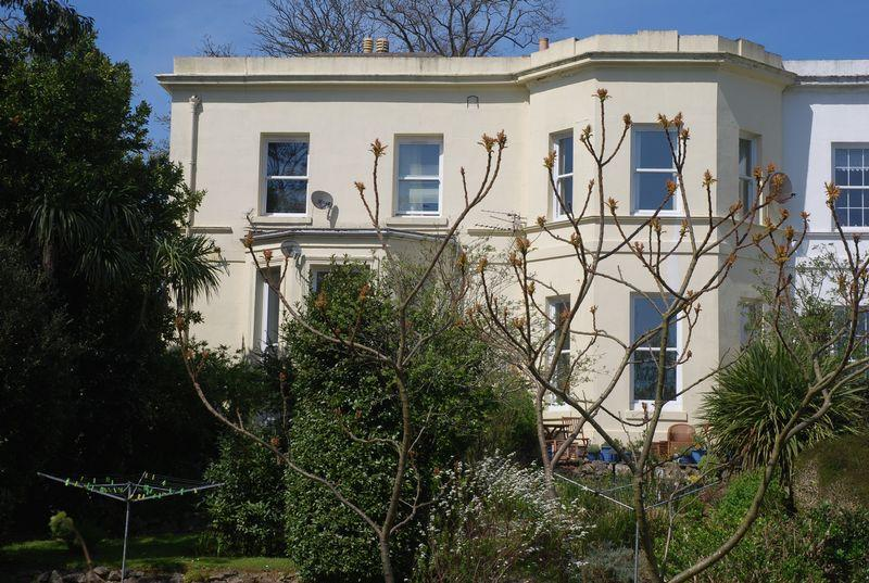 Semi Detached House for sale in Bronshill Road, Torquay