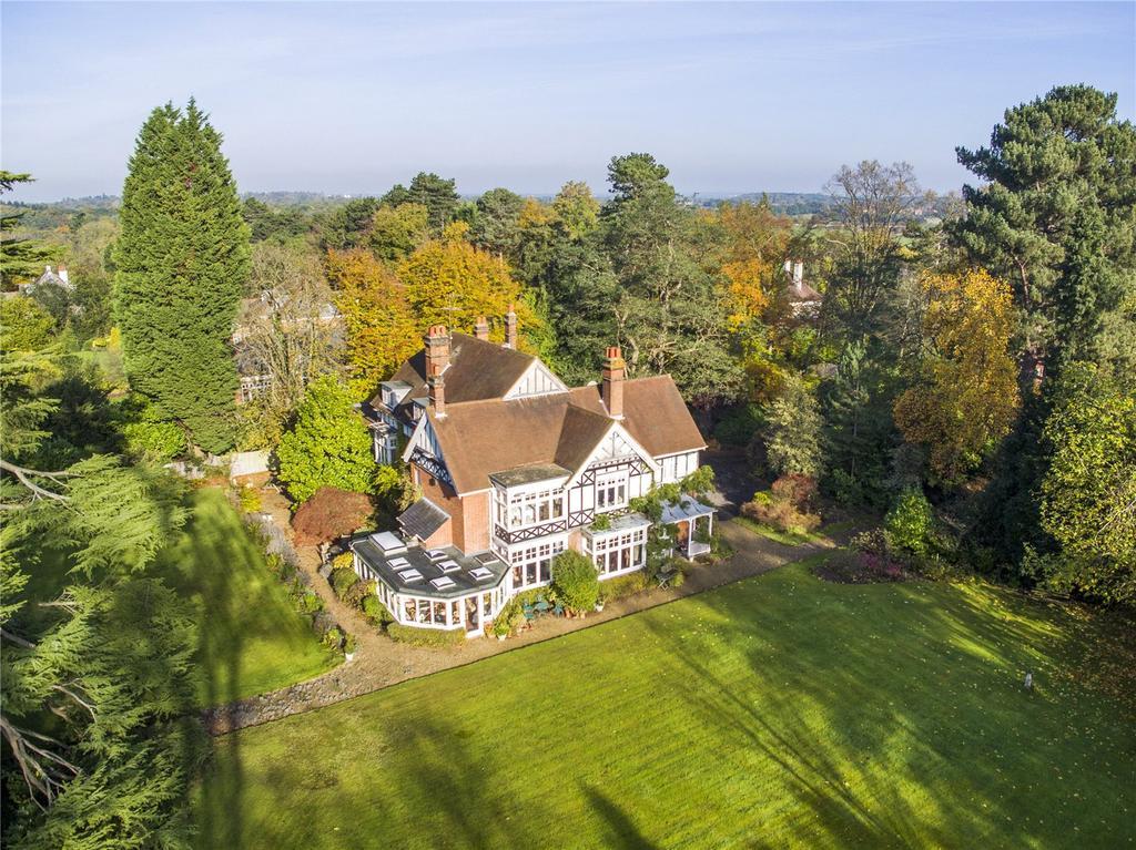 7 Bedrooms Detached House for sale in Queens Drive, Oxshott, Surrey, KT22