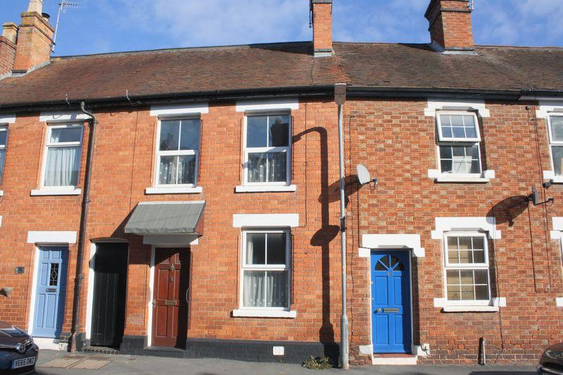 2 Bedrooms Terraced House for sale in Newlands, Pershore