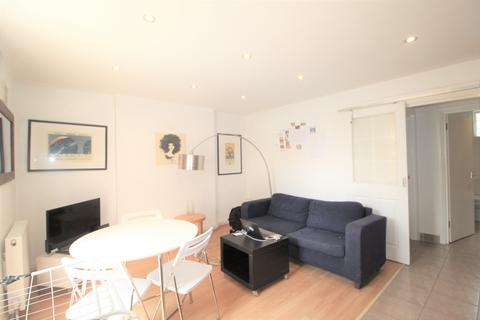 2 bedroom apartment to rent - Shooters Hill Rd, London, SE3