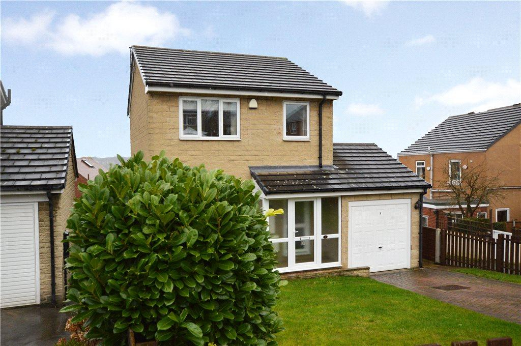 3 Bedrooms Detached House for sale in High View, Crigglestone, Wakefield, West Yorkshire