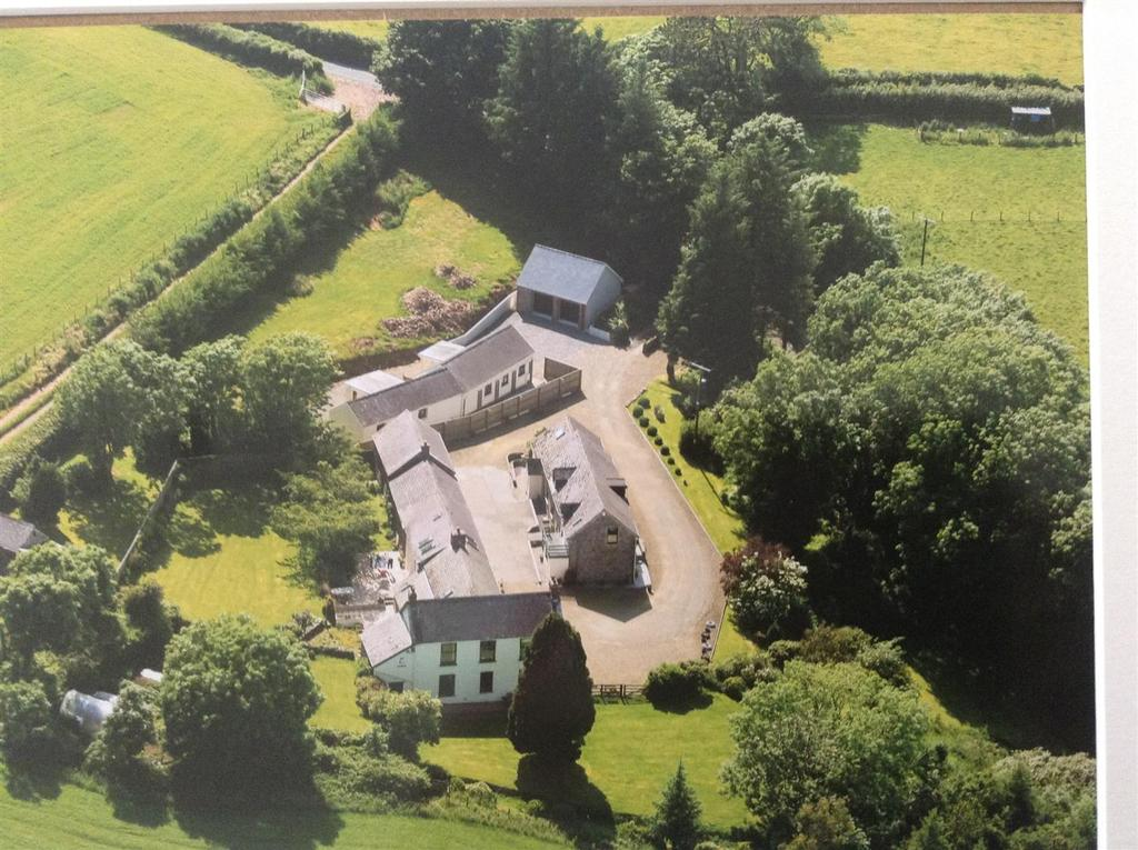 5 Bedrooms Land Commercial for sale in St. Clears, Carmarthen